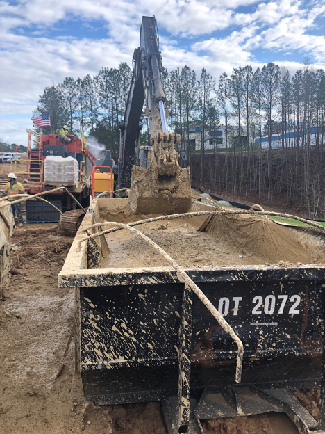 Standard excavator mixing SAP with HDD mud